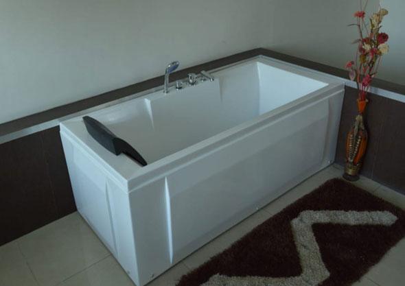 Bathtub H.P.B - 1025