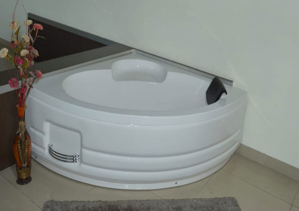 Bathtub H.P.B - 1012